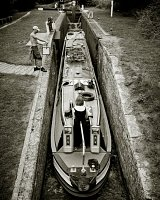72ft of boat in a lock! <br/>www.enjoyphotography.co.uk